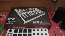 Akai MPK Mini Midi Keyboard