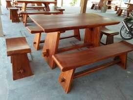 Kursi makan minimalis kayu utuh