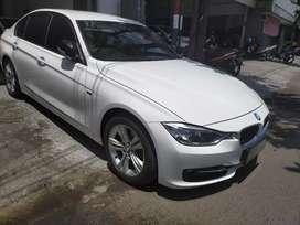 BMW 320i 2.0 matic 2014 pmk 2015 putih km 50 ribu full Ori