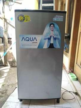 Kulkas Aqua AQR-D179 grey