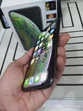 DIJUAL / TT IPHONE XS 256Gb Warna GREY LIKE NEW INTER ORI