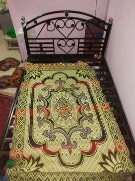 4'/6' Hydrolic Bed