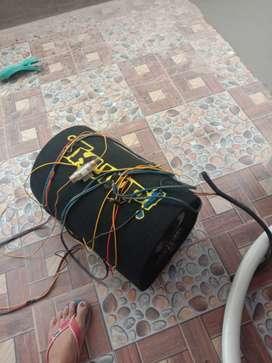 Bass tube audio mobil