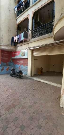Shop in ground floor