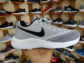 Sepatu Sneakers Nike AirMax - Light Gray