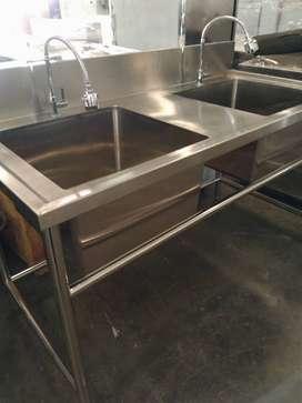 Tempat Cuci Piring Berkualitas Bahan Stainless Steel Anti Karat