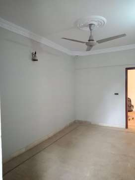 APARTMENT FOR RENT IN CLIFTON BLOCK-9