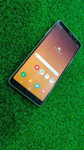 Samsung A8+ 2018  6gb ram 64gb rom mobile for sell in average conditio
