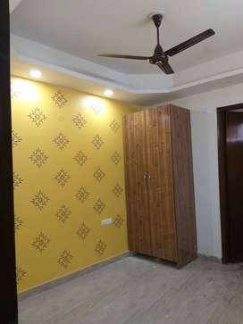 with lift and parking 3 bhk top floor with roof 38 lacs