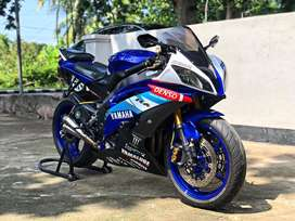 Yamaha R6 Blue edition