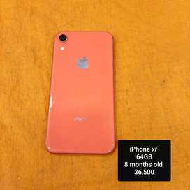 iPhone xr 64GB 100%condition only 8 months old coral colour