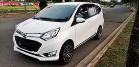 Daihatsu Sigra MT tipe R deluxe TERTINGGI di kelas nya.