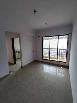 Available 1 bhk 40lac all package sector 23