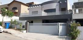 Beautiful one kanal house solid construction
