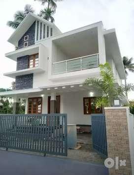Ready to occupy 3 bhk 1550 sqft beautiful house at varapuzha koonammav