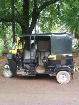 2014 model bajaj autorikshaw