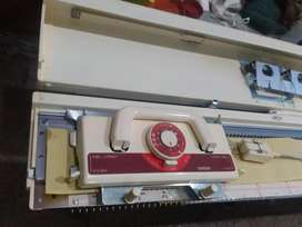 Brothers knitting machine in good condition
