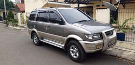 Isuzu Panther Touring Matic 2002