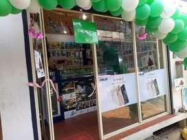 Shop for rent in Aloor