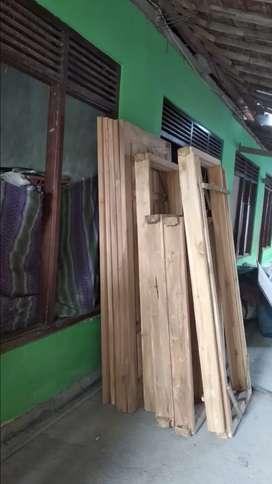 Jual kusen jendela kayu jati