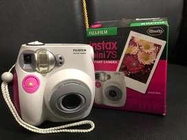 Camera fuji instax mini 7S