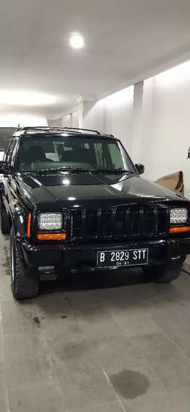 Jual jeep cheeroke Country