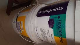 2 Distemper Asian Paints Tractor UNO White 20 KG