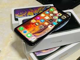 Now I Phone and Samsung Mobiles available at best price