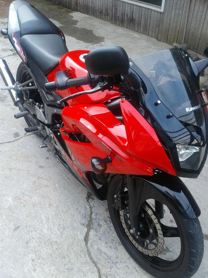 Kawasaki Ninja 150 RR 0