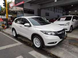 Honda HRV 1.5 E CVT Matic 2015 istimewa TT Jazz Yaris di New Normal