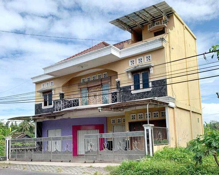Ruko Murah 3 Lt Jl Magelang Km 12 Cocok Usaha, Kantor,Rumah, Indomaret