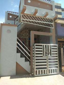 Revenu house  10/35 nice location 10m@tr udygare main road  1st house