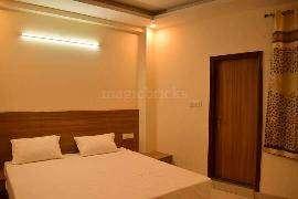 2 BHK Flat For Rent , Pitampura