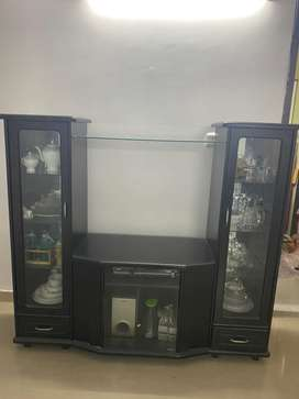 Cabinet plus tv unit