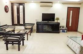3 BHK Fully Furnished Flat for rent in Sainik Farm for ₹54000, Delhi