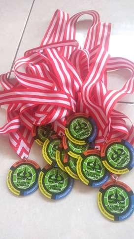 Medali Akrilik Untuk Kelulusan Sekolah Wisuda dan Lomba
