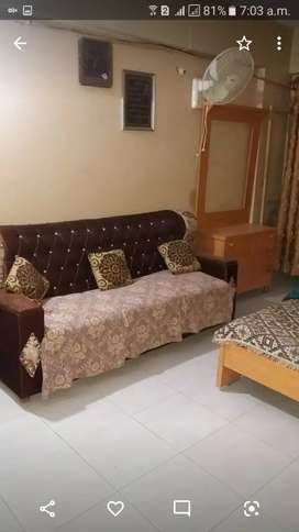 One bed loung.fst flor