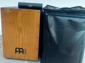 Cajon Drum Box Merk Meinl Free gigbag & Shaker