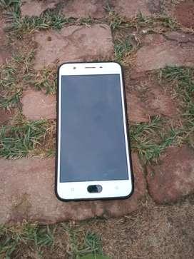 Oppo a57 mobil phone koi kami nahi 2 sall old
