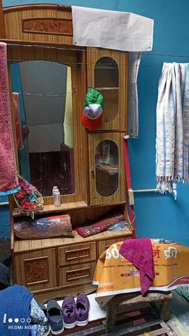 Dressing table @4500 only