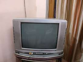 21'' SAMSUNG CRT Color TV with Remote & Trolley