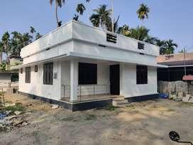 1000SqFt villa/5cent/2 bhk/35 lakh/ ArimburThrissur