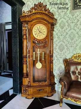 Lemari jam model ukiran mewah, jam saiko asli, kayu jati asli 100%