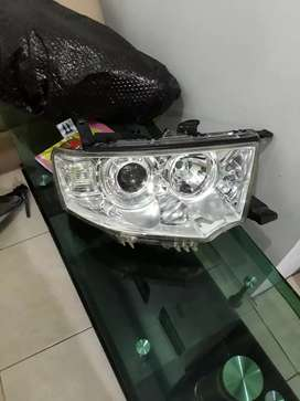 Head lamp mitsubhisi pajero sport exceed thn 2014 ori