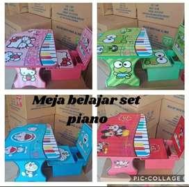Meja dan kursi belajar model piano...