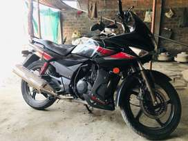 Karizma R in very good comdition 1st owner