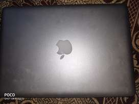 Apple  macbook Pro  price 33000