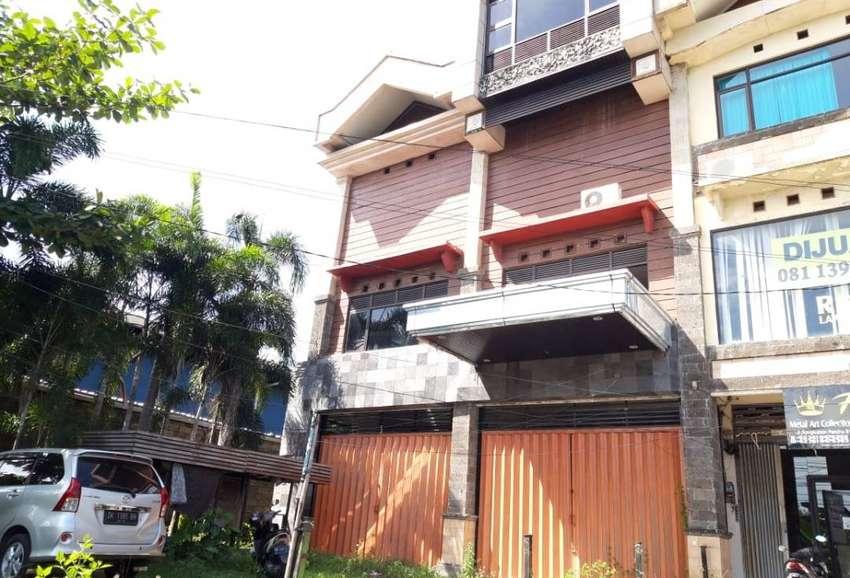 Ruko 3 Lantai di Kawasan Bisnis Kerobokan Utara Badung Bali