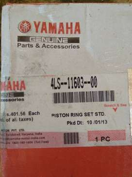 Yamaha ybr125 original piston ring set std