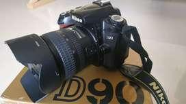 Nikon D90 dan Lensa AF-S 18-70 mm